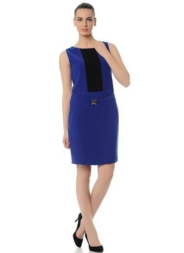 Asymmetry Kemer Detaylı Kolsuz Elbise Saks